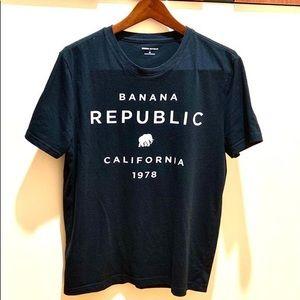Banana Republic Shirts - LIKE NEW BR TOP🤗 SAME DAY SHIP
